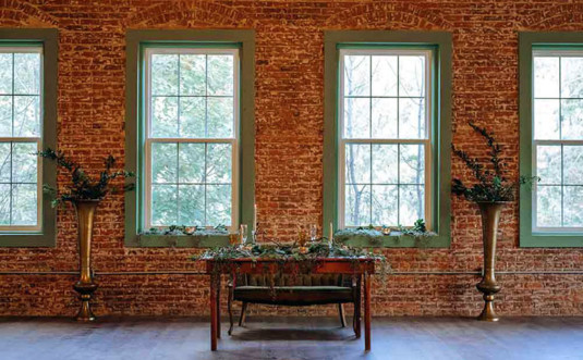 6th-and-River-Events-Honesdale-brick-wall-of-windows