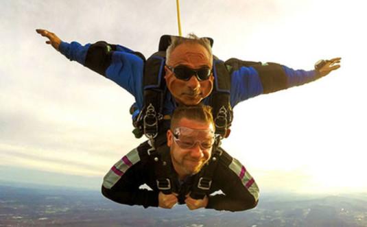 Above-the-Poconos-Skydivers-tandem-760