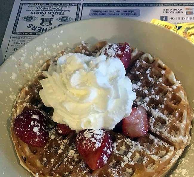 Besecker's-Diner-strawberry-waffles