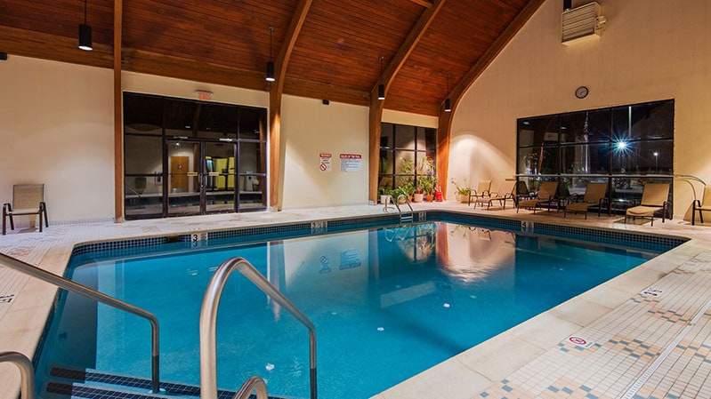 Best-Western-Inn-Blakeslee-indoor-pool