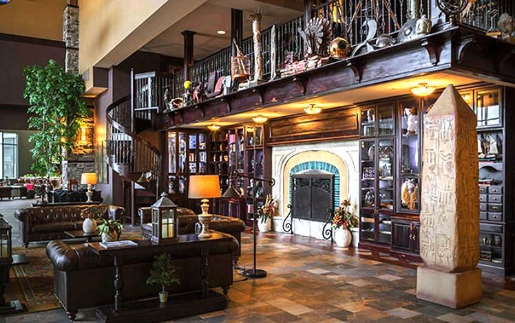 Camelback-lodge-lobby-760