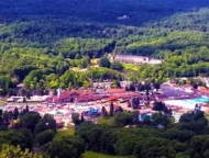 Camelbeach-Mountain-Outdoor-Water-Park-aerial-view