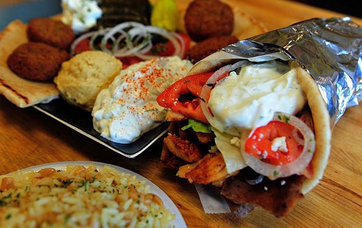 Cedars-Mediterranean-Grill-gyro-plate