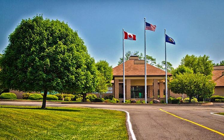 Comfort-Inn-Pocono-Lakes-entrance