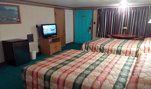 Fairbridge-Inn-Express-Milford-typical-guest-room