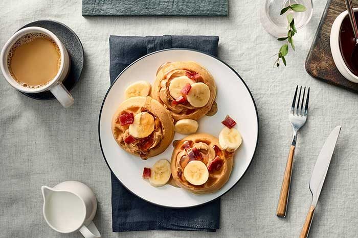 Fairfield-Inn-&-Suites-Stroudsburg-breakfast-waffles