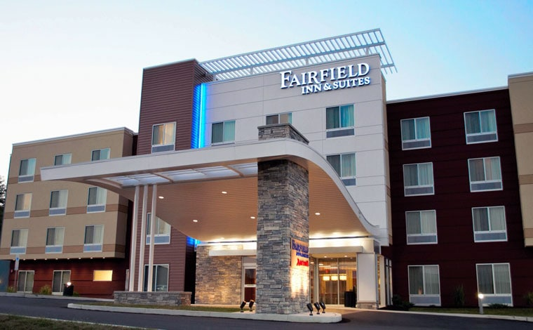 Fairfield-Inn-&-Suites-Stroudsburg-exterior-carport
