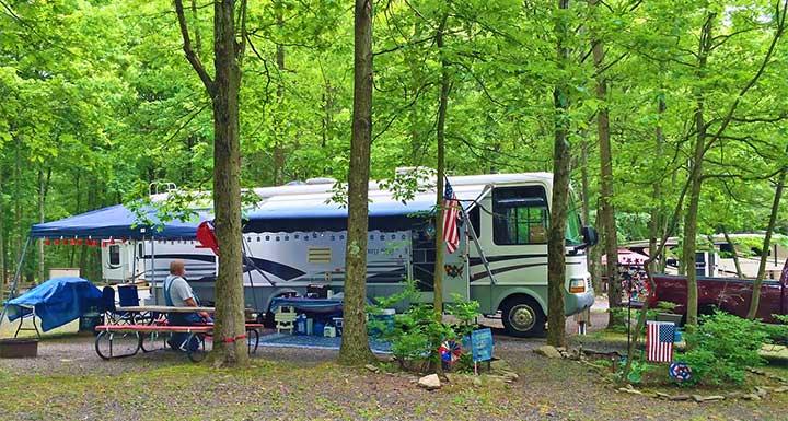 Four-Seasons-RV-Campground-RV-site