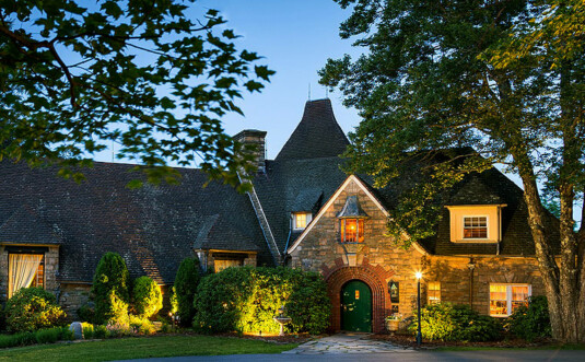 French-Manor-inn-and-spa-exterior