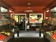 Green-Valley-Farms-Market-Creamery-front-farm-stand