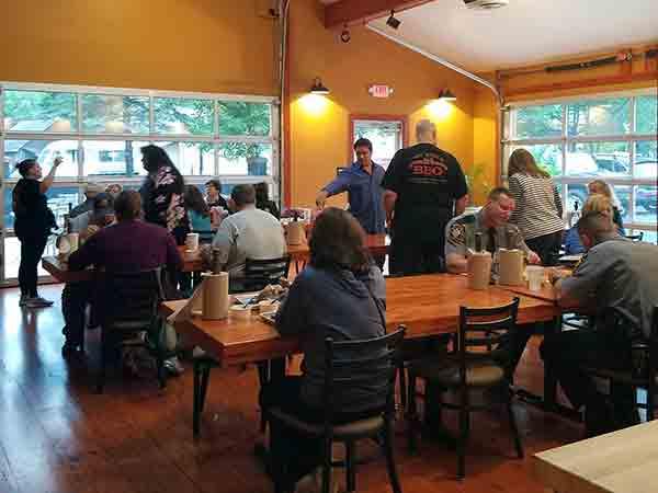 Joe-Bosco-Authentic-Smokehouse-BBQ-interior-tables