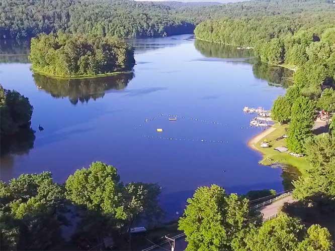 Keen-Lake-Camping-&-Cottage-Resort-lake-and-shoreline