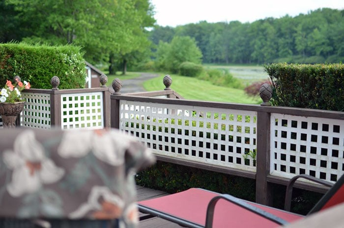 Lake-Moc-A-Tek-Inn-deck