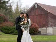 Lodge-at-Mountain-Springs-Lake-Resort-weding-couple-barn