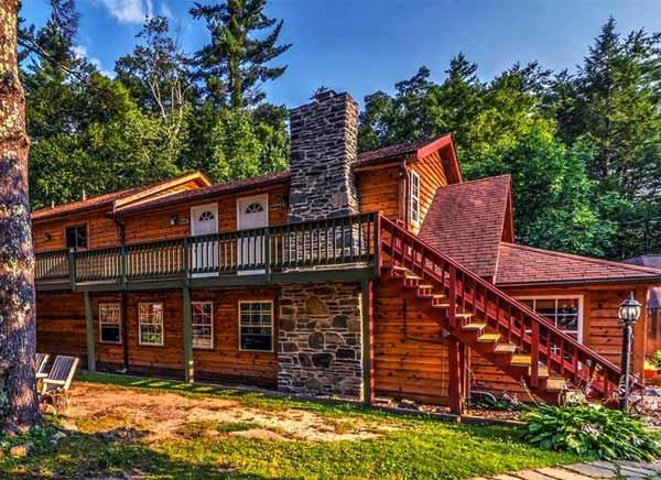Magnolia-Streamside-Resort-lodge-rooms