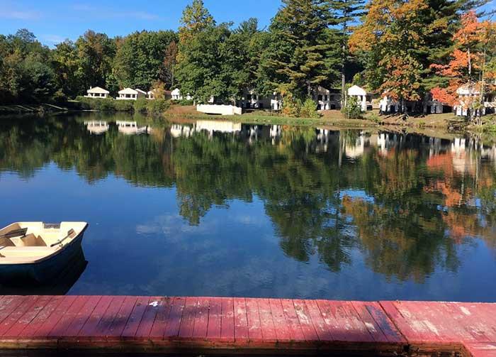 Paradise-Stream-Resort-lake-eden