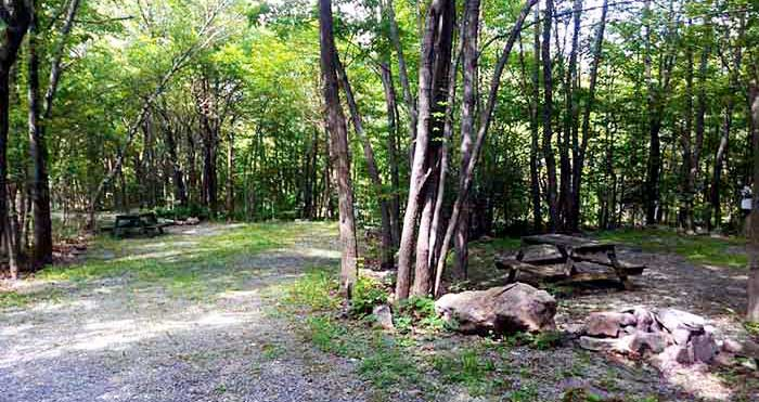 Peaceful-Woodlands-Family-Campground-wooded-sites
