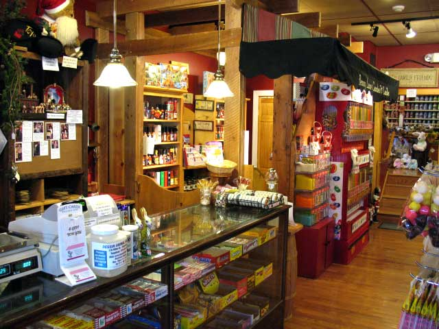 Penny-Lane-Candies-&-Candles-store-interior