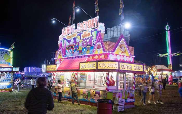Pocono-Mountain-Carnival-food-concession