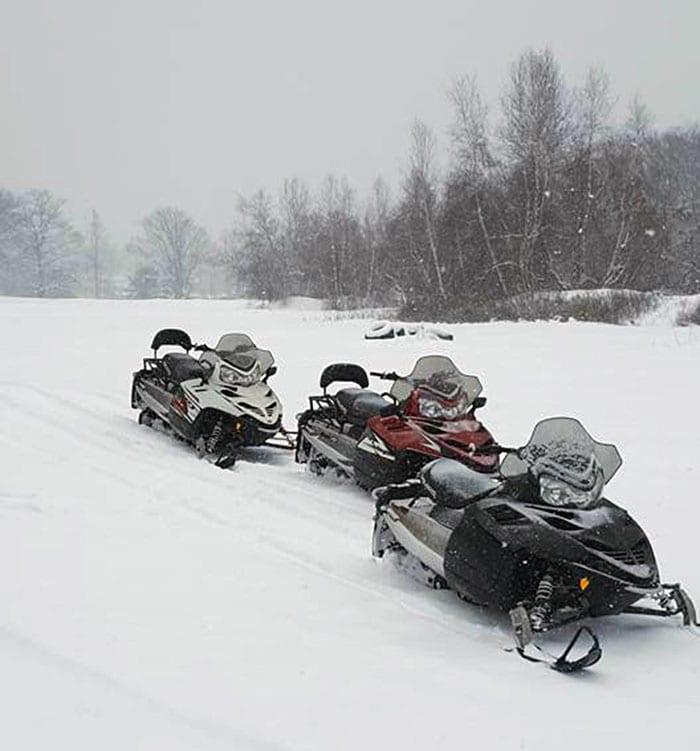 Pocono-Outdoor-Adventure-Tours-snowmobiles