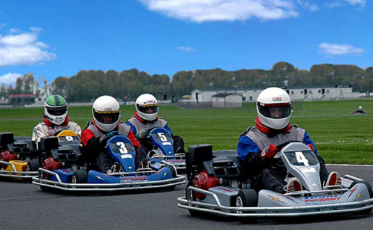 Pocono-ProKart-Racing-4-karts-on-track