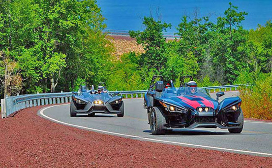 Pocono-Slingshot-Rentals-2-cars-on-the-road