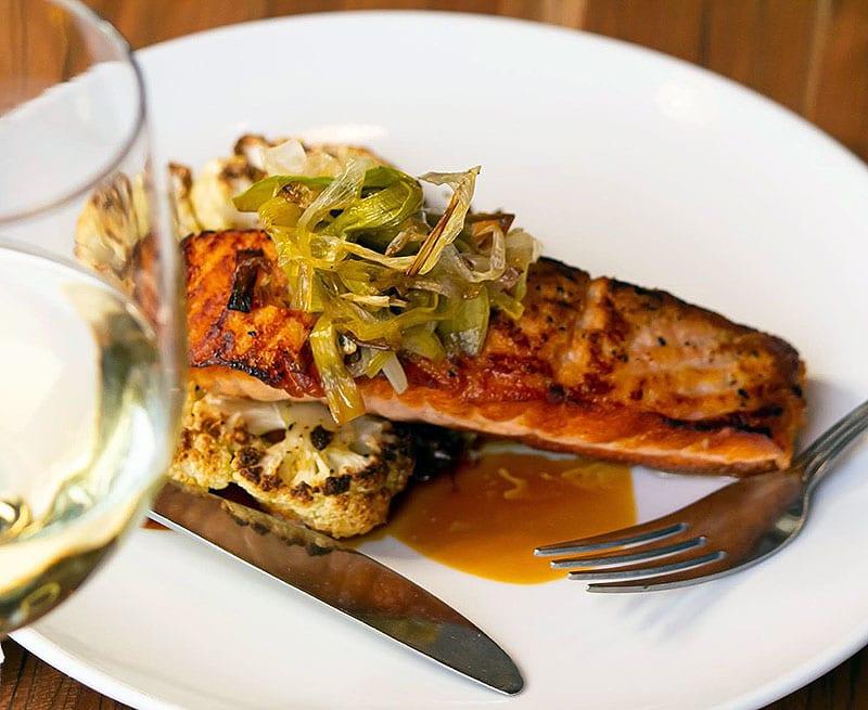 Powerhouse-Eatery-White-Haven-pan-seared-salmon