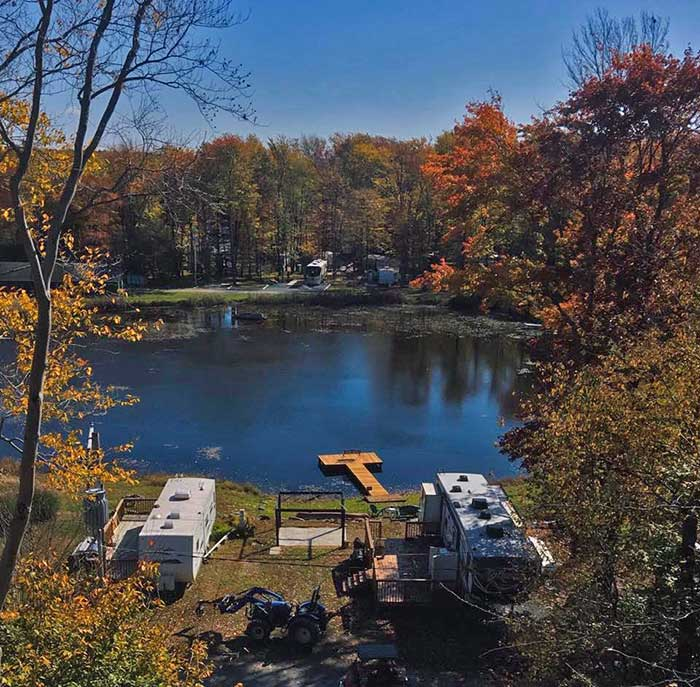 Secluded-Acres-Campground-lakeside-sites