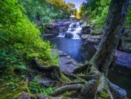 shohola falls and banks and rocks