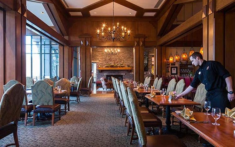 TREE-Restaurant-Woodloch-Lodge-dining-room
