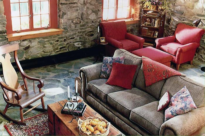 The-Cottage-at-Governor's-Retreat-living-area-