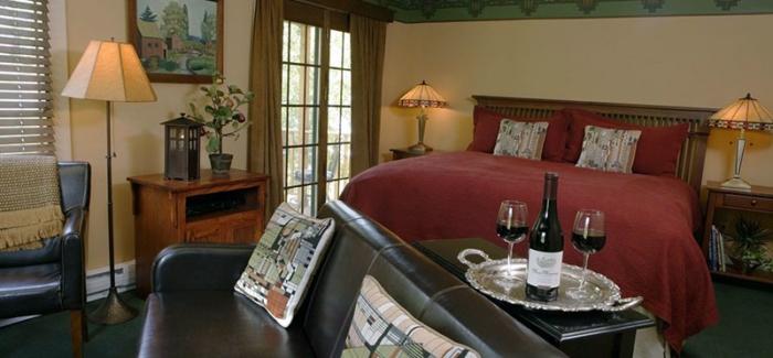 The-Settlers-Inn-at-Bingham-Park-room-101
