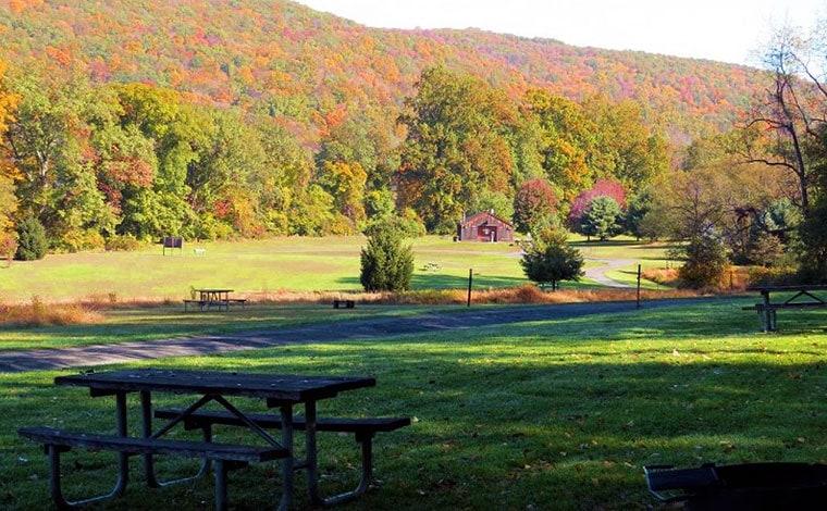 picnic area along the ridge