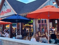 alaska-pete's-outside-dining