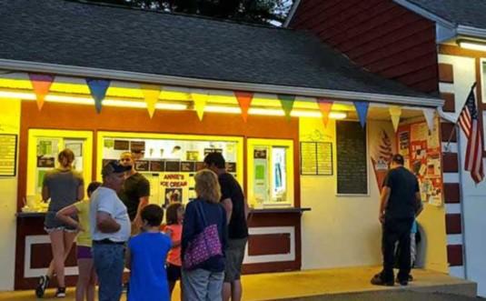 annies-ice-cream-jim-thorpe-window
