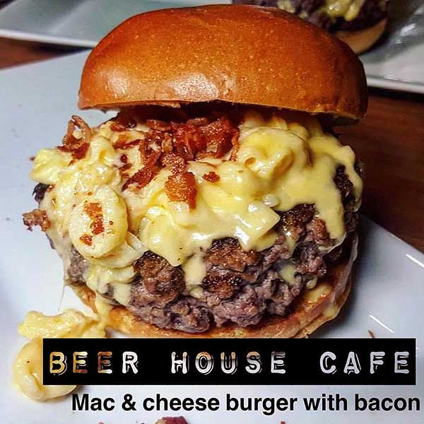 beer-house-cafe-mac-and-cheese-burger
