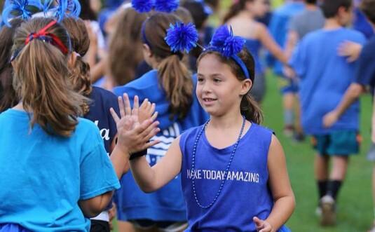 girls in blue day wear