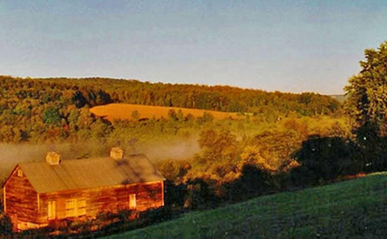 dancing-dog-antiques-barn-fields