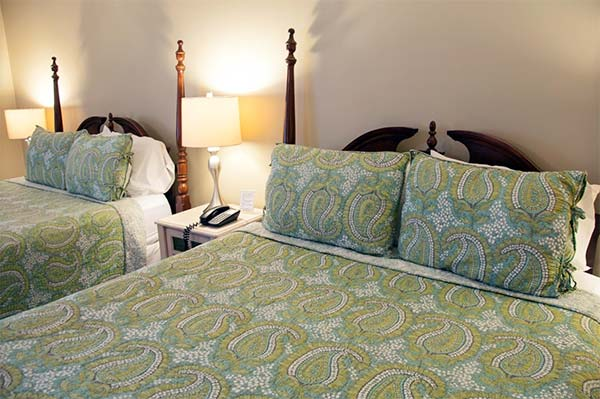 east-shore-loding-on-lake-wallenpaupack-double-guest-room