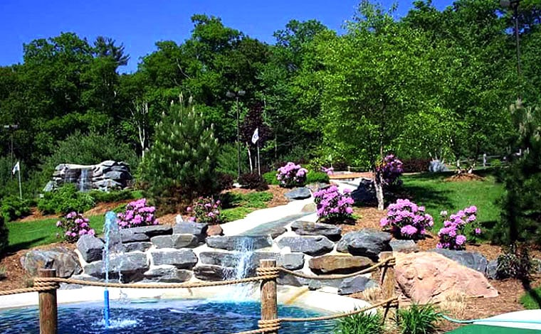 fairview-lake-miniature-golf-course-pond-and-rocks