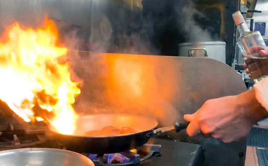 frogtown-chophouse-chef-at-stove