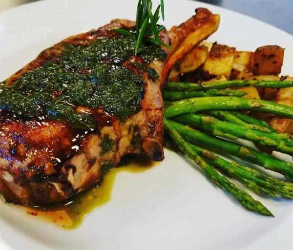 frogtown-chophouse-cresco-bone-in-pork-chop-green-beans