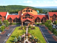 great-wolf-lodge-resort-pocono-exterior