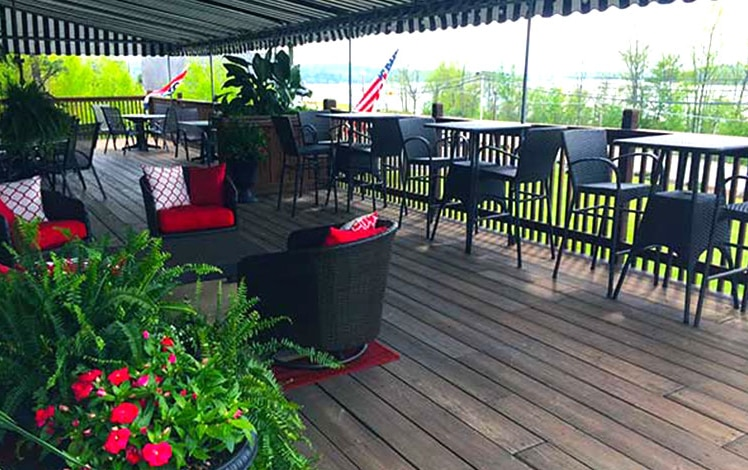 greshams-chop-house- tables on the deck