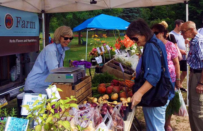 hawley-farmers-market-herb-stand