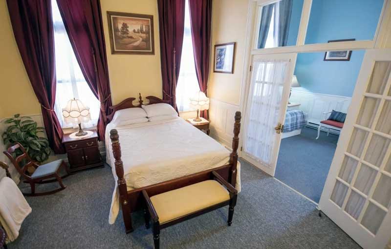 hotel switzerland jim thorpe suite