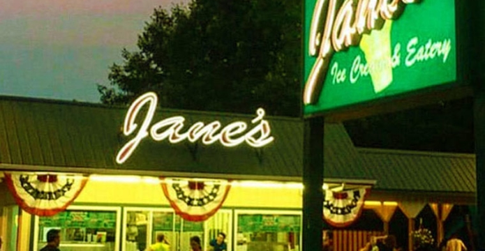 janes ice cream outside of stand