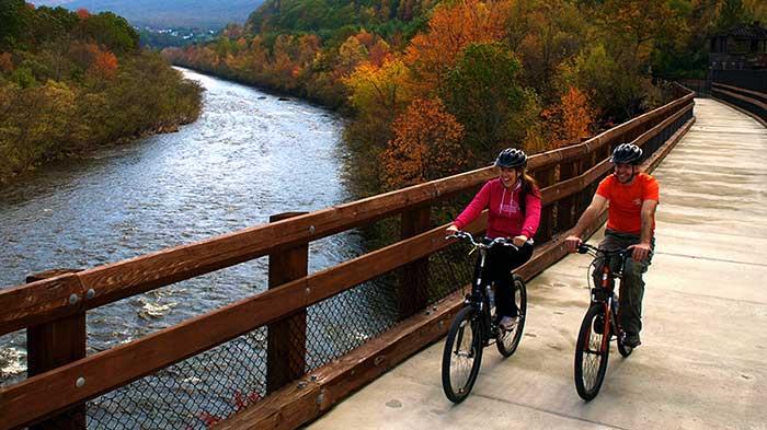 jim-thorpe-biking