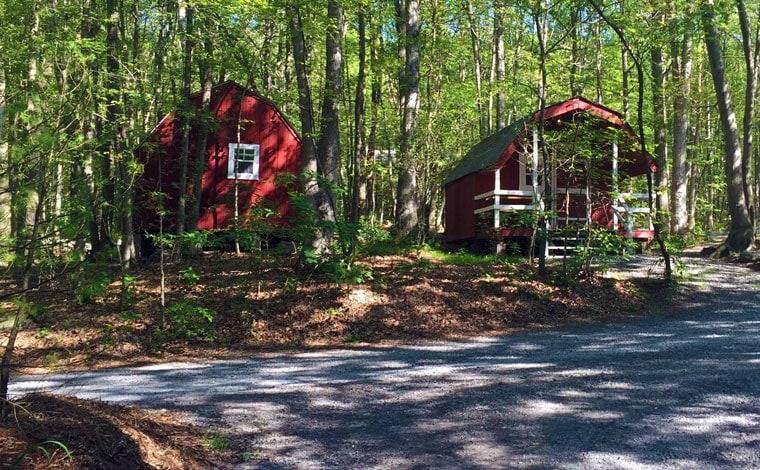 jim-thorpe-camping-resort-2-cabins