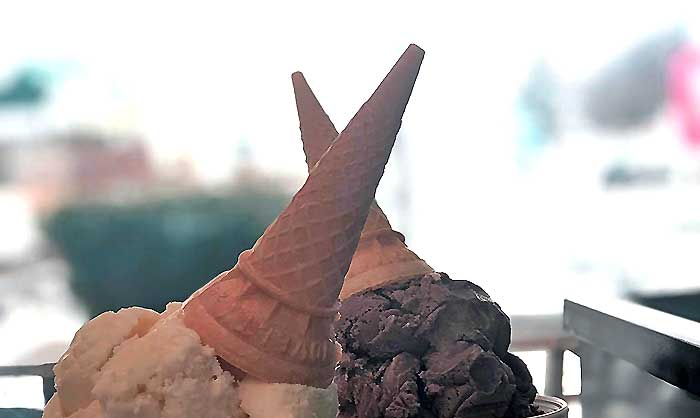 jimmy's-hilltop-ice-cream-two-cones